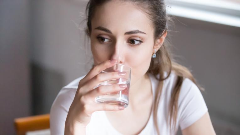 Ползите от пиенето на вода с краставица сутрин