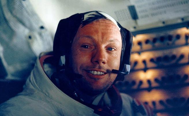 Първият на Луната щеше да навърши 89г. днес. На какво ни научи Нийл Армстронг?