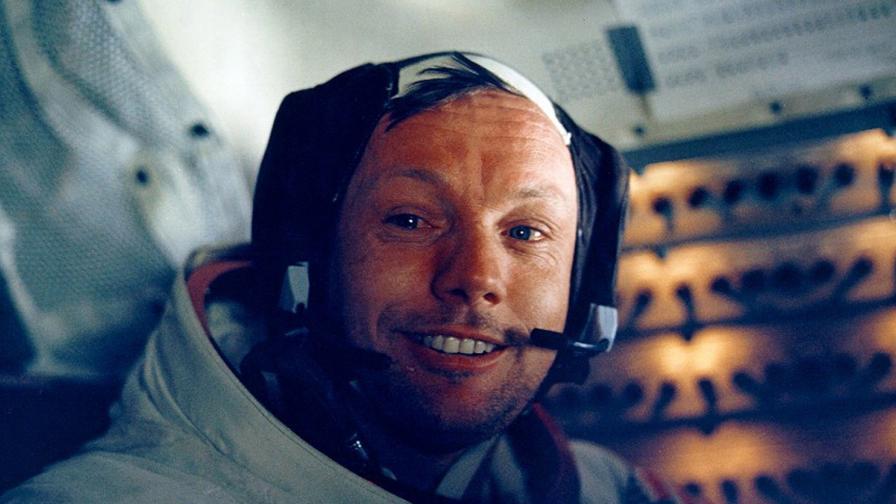 """<p><span style=""""color:#ffbc00;""""><strong>Първият на Луната</strong></span> щеше да навърши 89г. днес - спомняме си за Армстронг</p>"""
