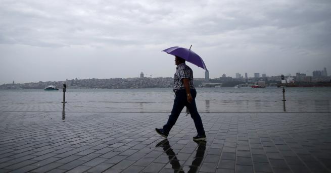 Свят Буря над Истанбул,
