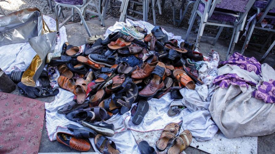 Десетки загинаха при атентат на сватба в Афганистан