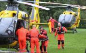 Загинали и ранени от мълнии при буря в Полша