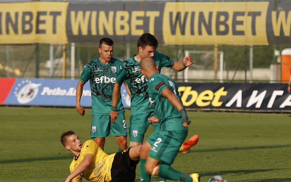Куп кадрови проблеми за Витоша преди мача с Черно море