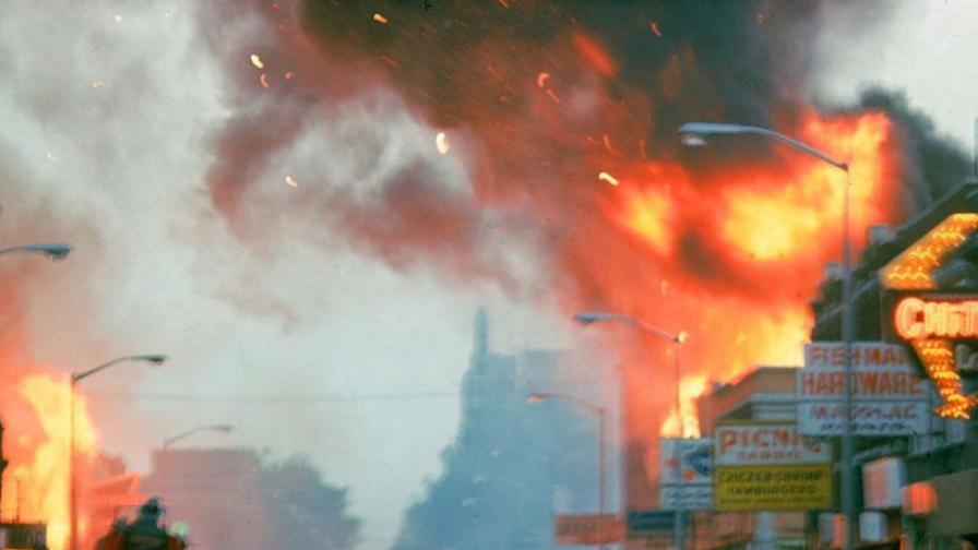 <p><strong>1967:</strong> Разруха в Детройт</p>