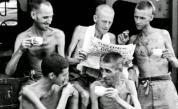 <p><strong>1945,</strong> Сингапур: <strong>Бивши военнопленници </strong>пият чай</p>
