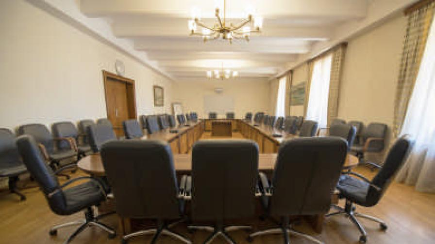 Как се подобрява ефективността на подбора на служители в държавната администрация