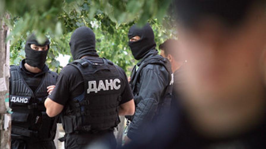 <p>Седем арестувани след акцията в&nbsp;<strong>ДАИ-Пловдив&nbsp;&nbsp;</strong></p>