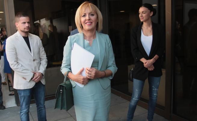 Кой стои зад кандидатурата на Мая Манолова