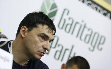 Владо Николов се оттегля като треньор на Левски