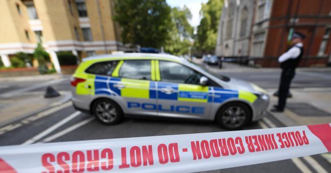 Свят Осъдиха англичанин на близо 19 години за нападение над