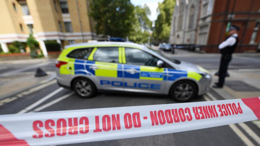Лондонската полиция арестува 17 трафиканти, освободи 29 румънски робини