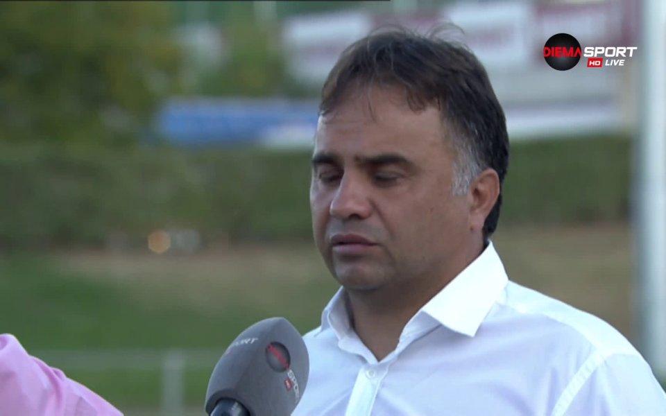 Наставникът на Хебър Пазарджик Николай Митов не беше никак щастлив