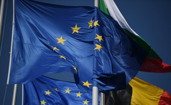 ЕК препоръчва: Пада мониторингът за България, за Румъния - не