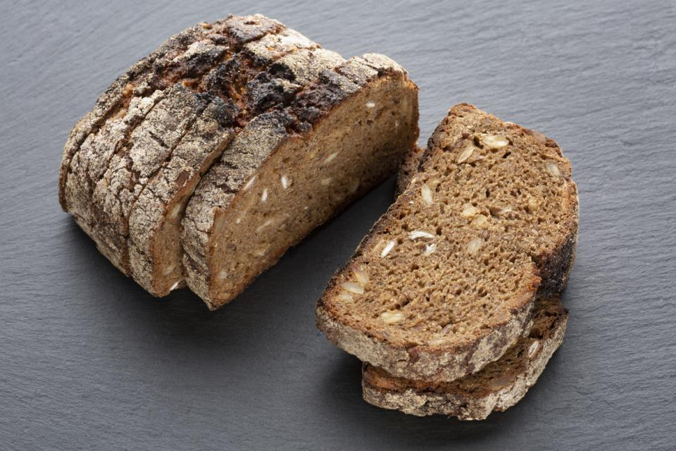 храна нахут ечемик овес киноа хляб сухари