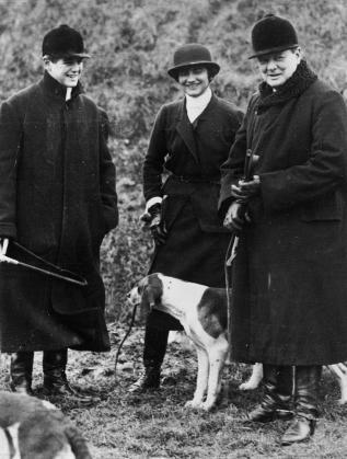 Коко Шанел с Уинстън Чърчил и сина му