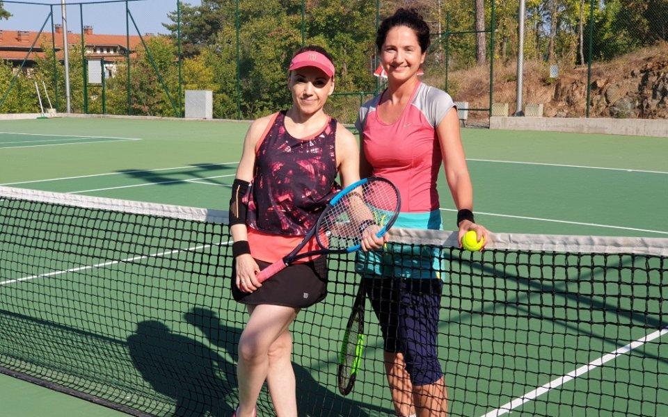 Снимка: Атанас Апостолов и Богдана Караиванова са шампионите в Santa Marina Open II