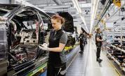 <p>Вирусът заплашва 100&nbsp;000 работни места в Германия</p>