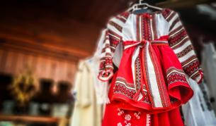 Как едно румънско палто написа история