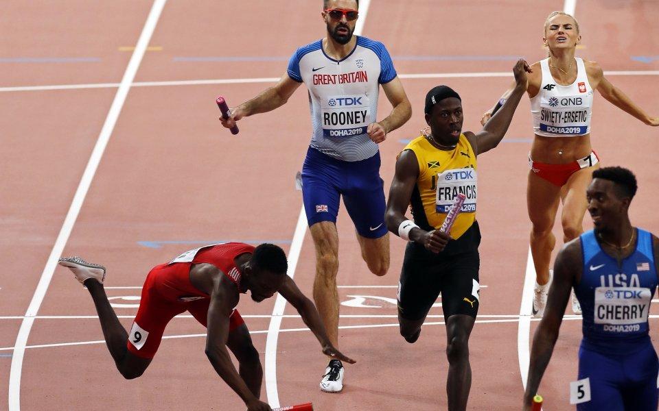 САЩ спечели със световен рекорд смесената щафета на 4 х 400 метра