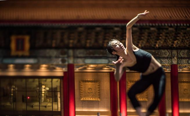 Отваряме сърцата си за любов с гениите на танца от L-E-V Company