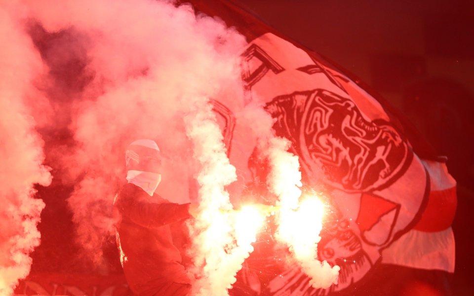 Аякс с тежко наказание за гостуването си на Челси в Шампионската лига