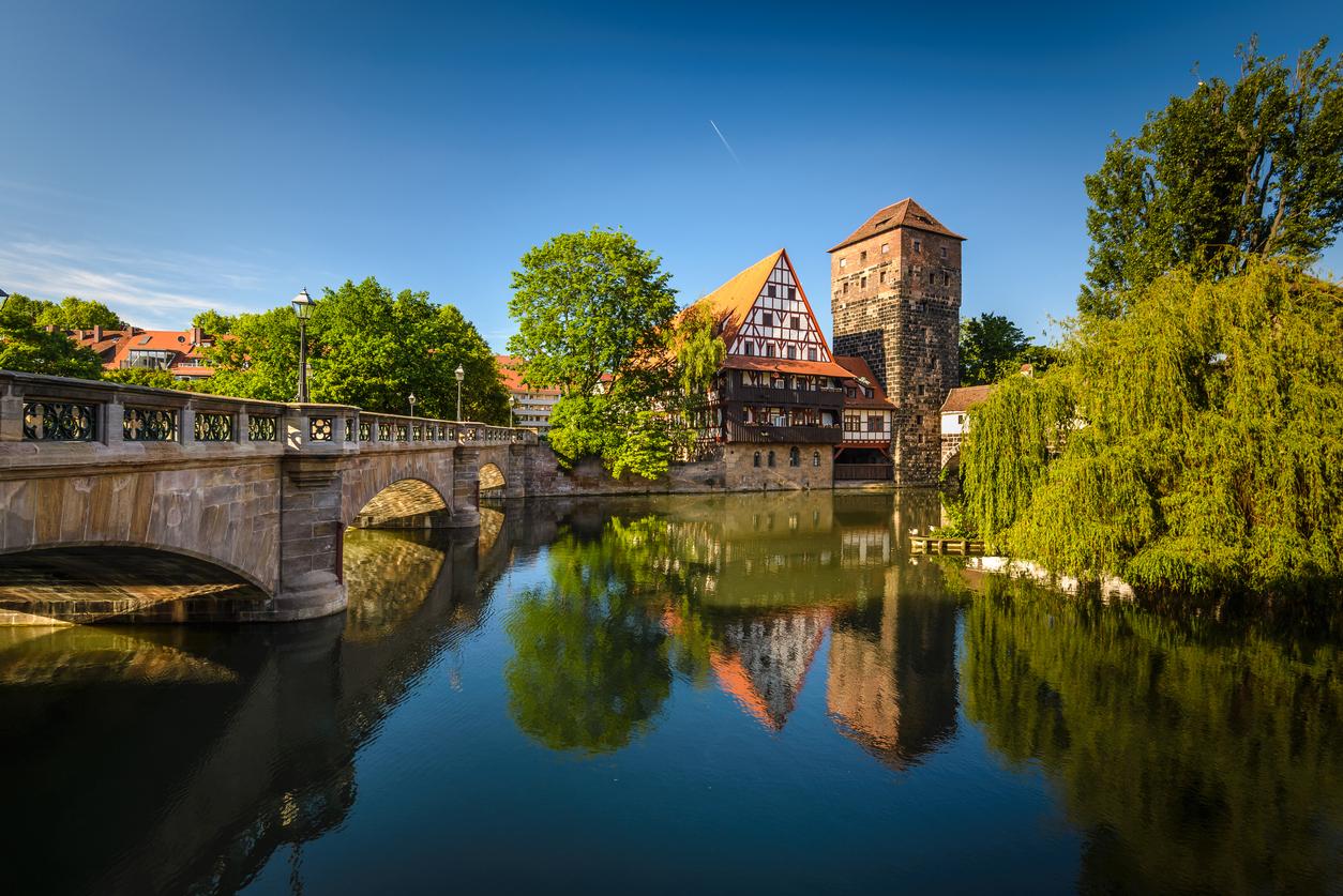 """<p align=""""center""""><strong>ДЕВА &ndash; Нюрнберг, Германия</strong></p>  <p align=""""center"""">Германия е най-подходящото място за вашата спретната и подредена зодия. Освен това около Нюрнберг има много замъци, където ще се почувствате като истински кралски особи.</p>"""