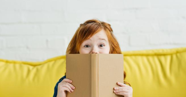 Любопитно Странните находки, открити в книги втора ръка Вижте какви