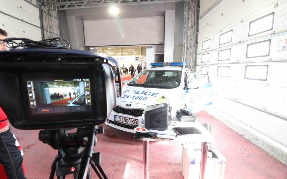 В зоната Пътна полиция на Автомобилен салон София 2019 може