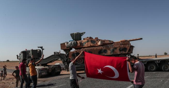 Свят Турция: Не прекратяване, 120-часово примирие в Сирия Мевлют Чавушоглу: