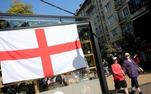 Смъртен случай преди България - Англия