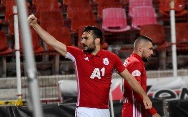 Лични несгоди бавят Тони Уот за ЦСКА