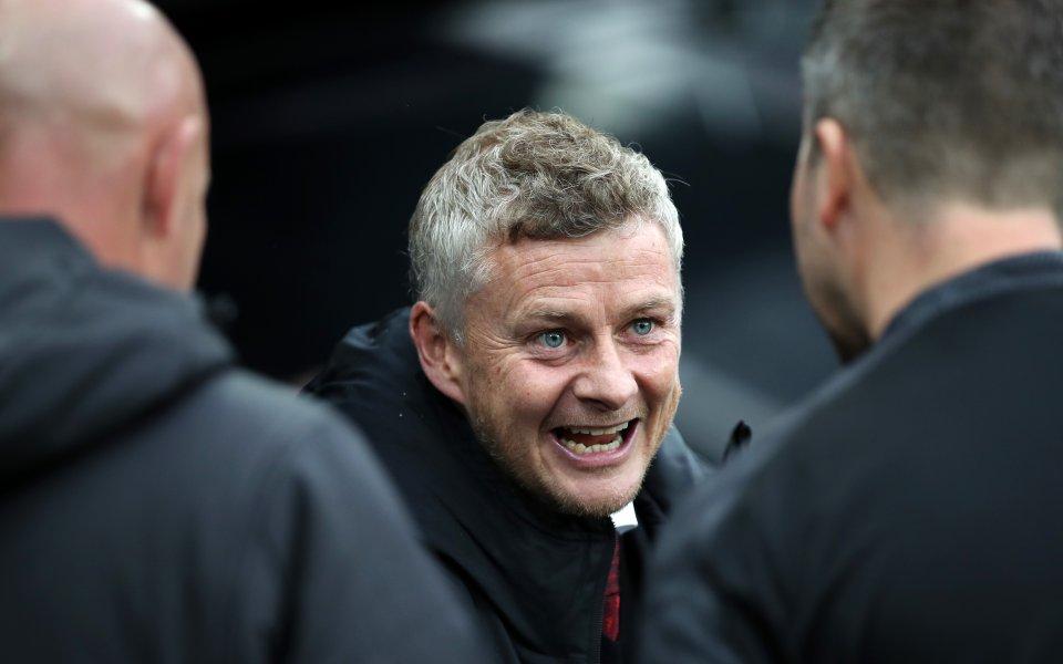 Изпълнителният директор на Манчестър Юнайтед Ед Уудуърд застана зад мениджъра
