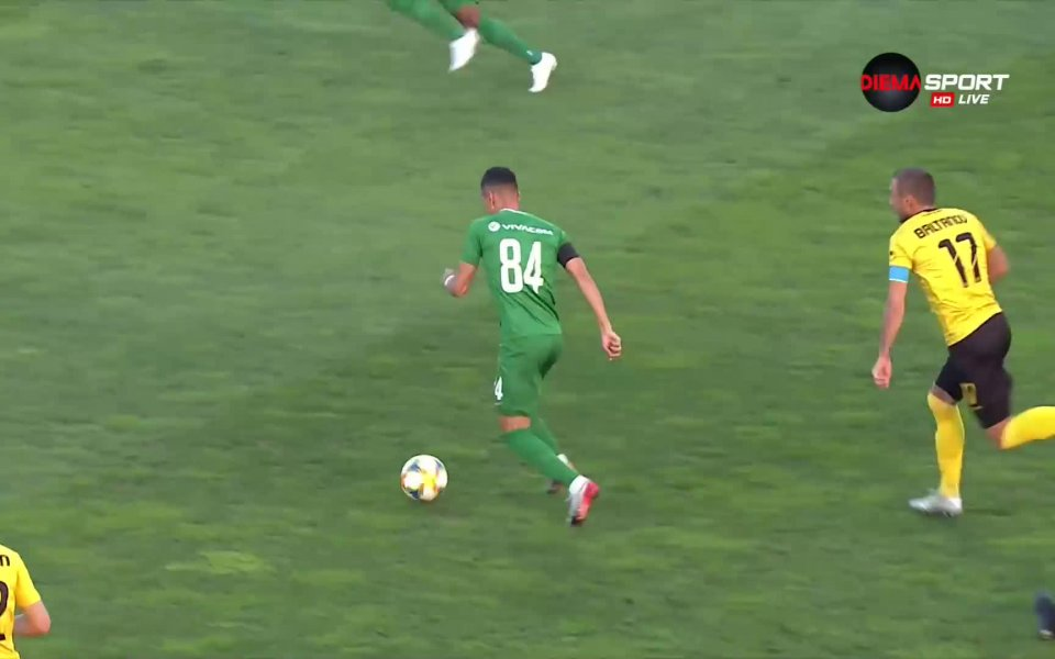 Ботев Пловдив и Лудогорец играят при резултат 0:1 след 45