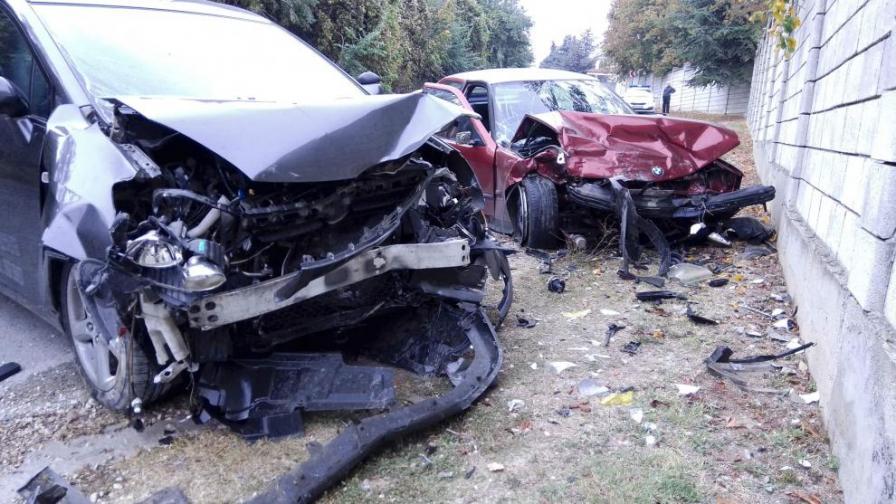 Двете катастрофирали коли край Шумен