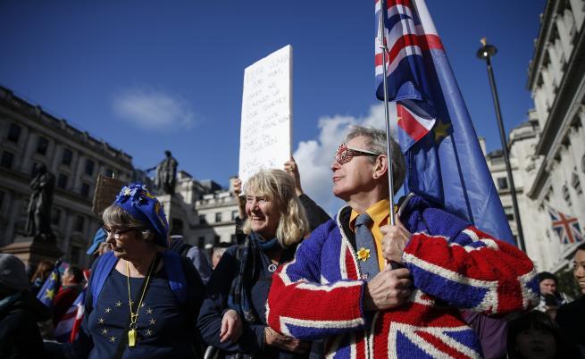 Великобритания ще проведе избори през декември