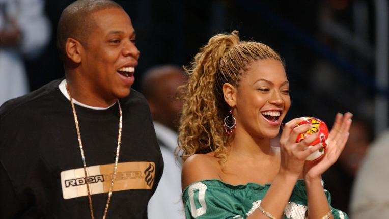 15 звездни двойки, които са се венчали тайно