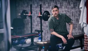 <p>Владо Карамазов отново на снимачната площадка</p>