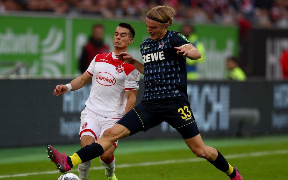 Застрашеният от изпадане отбор на Кьолн има нов старши треньор.