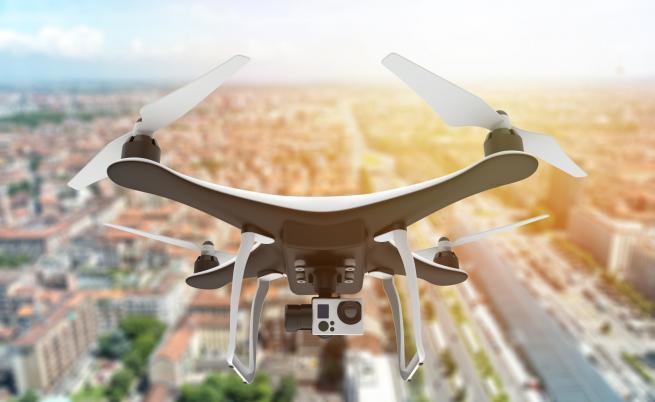 МО покани 24 фирми на конкурс за доставка на дронове за армията