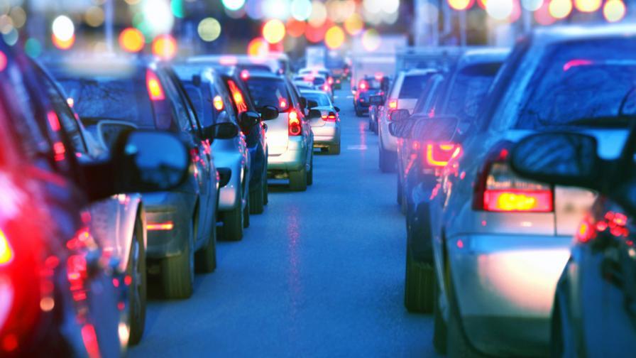 <p>Пътуването след вируса: повече коли, по-малко обществен транспорт</p>