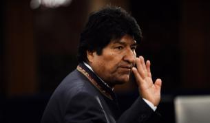 Оставка, край на ерата Моралес в Боливия