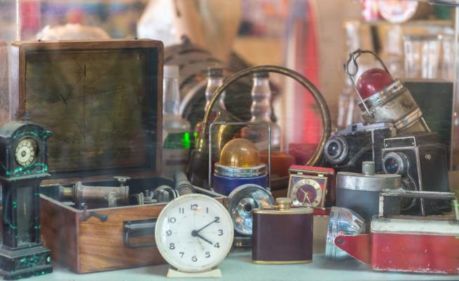 5 съвета: Какво да правим със старите и ненужни вещи у дома