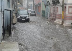 Флоренция е застрашена от наводнение