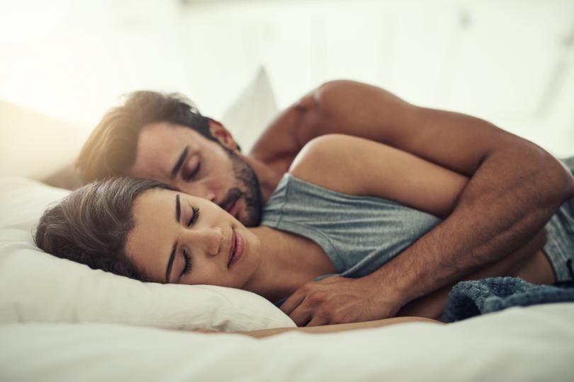 <p><strong>Овен</strong></p>  <p>Искате да останете в леглото и да се гушкате възможно най-дълго.</p>