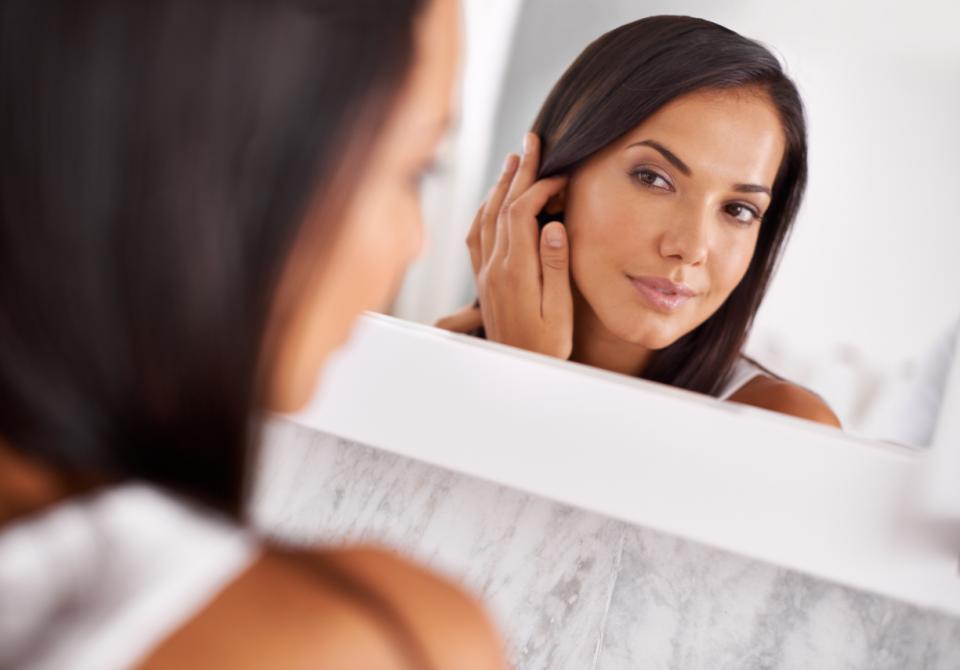 огледало козметика баня лице