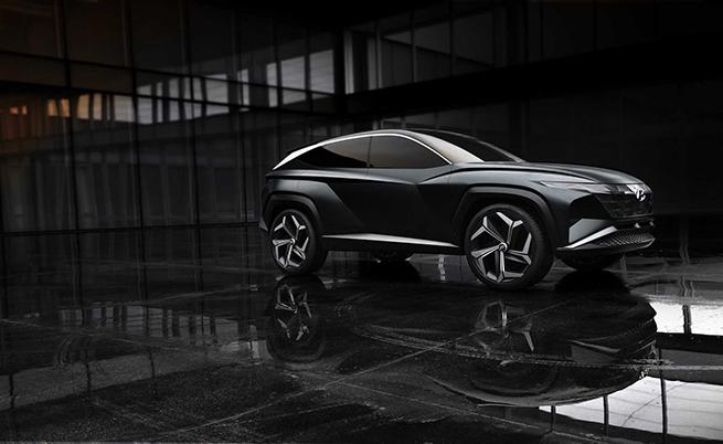 Hyundai Vision T Concept бе представен преди дни по време на салона в Лос Анджелис. Моделът е плъг-ин хибрид, но показва дизайнерската посока, в която ще се развиват кросоувърите на марката.