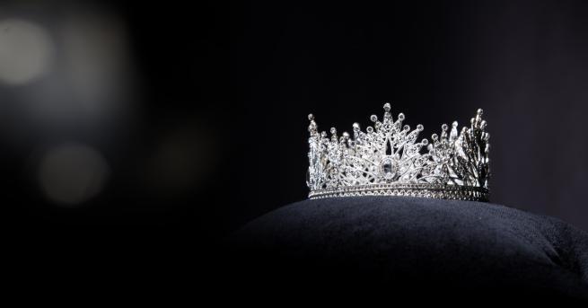 """Любопитно Радинела Чушева е новата """"Мис България"""" Церемонията по избирането"""