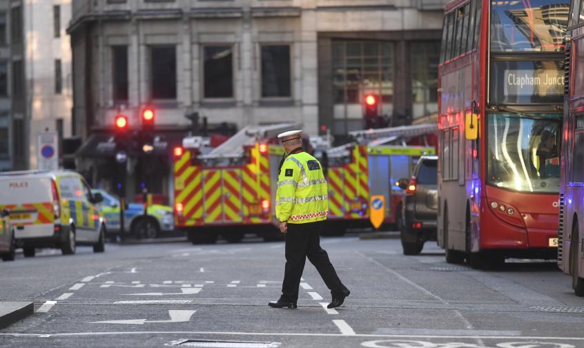 лондон мост стрелба полиция