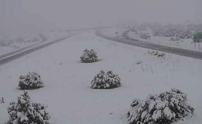 Мощни зимни бури в САЩ, има загинал