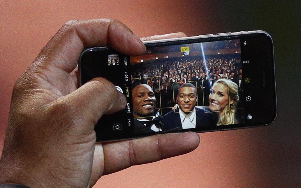 10 години отне на Дрогба и Мбапе да се снимат